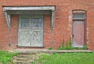 threedoors